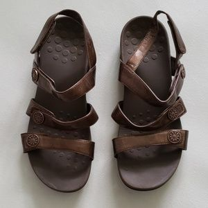 VIONIC cathy copper/bronze podiatrist sandals